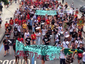 A Petrobras é do povo! Para combater a corrupção, Constituinte é a solução!