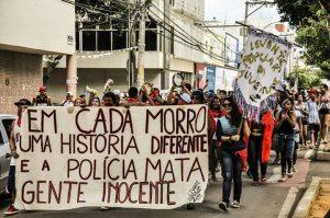 Jovens protestam em Colatina