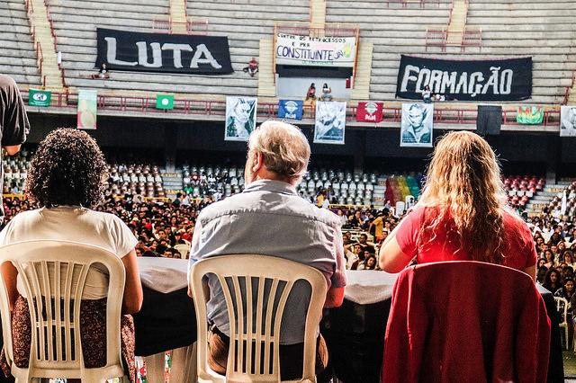 """Acampamento do Levante: analistas políticos defendem """"Fora, Temer"""" e """"Diretas Já"""""""